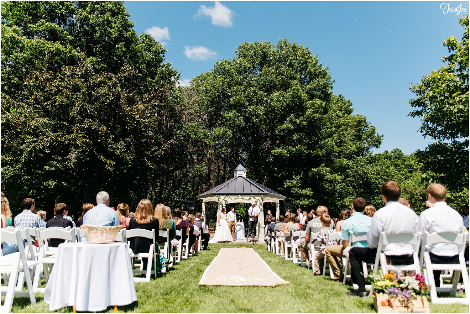Wide shot gazebo and people